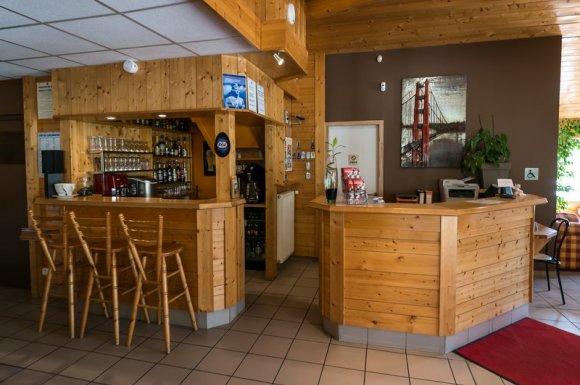 Hôtel-restaurant 2 étoiles Seynod